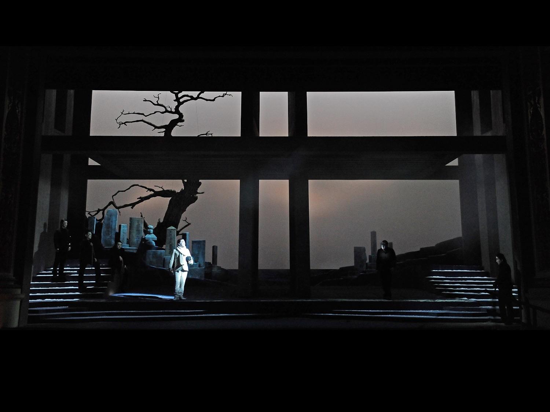 Gogo No Eiko Teatro Nuovo, Spoleto, 2010   (photo courtesy of Festival di Spoleto)