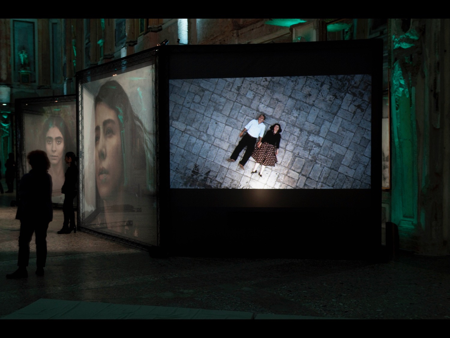 Women Without Men an installation by Shirin Neshat Sala Cariatidi, Palazzo Reale Milan, 2011 © photo by Luciano Romano (photo courtesy of Change Performing Arts)