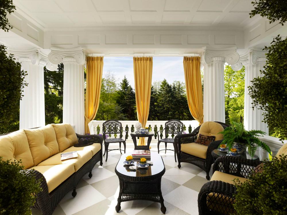 designer balcony philly show home.jpg