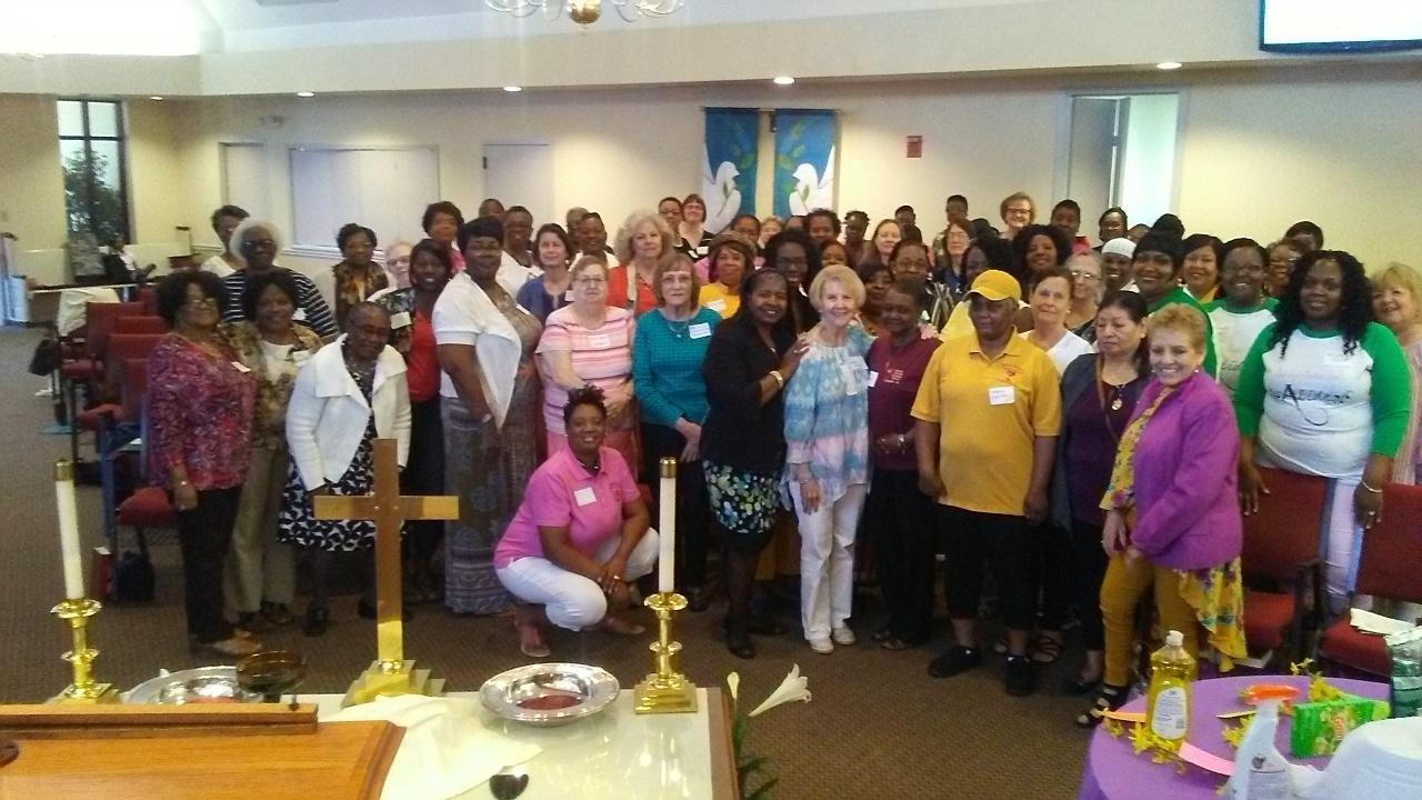 Women's Luncheon Group Pic.jpg