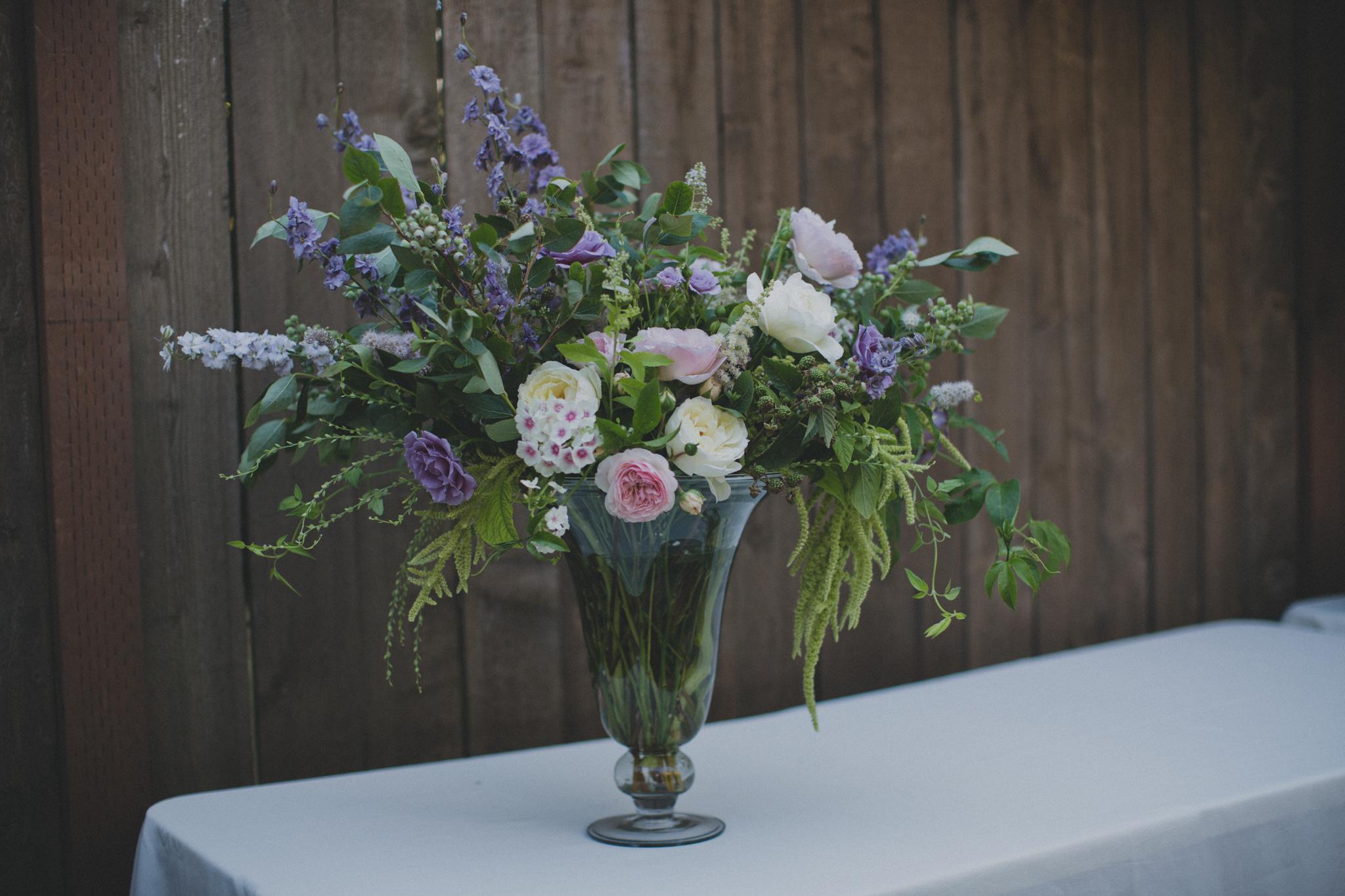 intimate_garden-wedding_portland_flowers.jpg