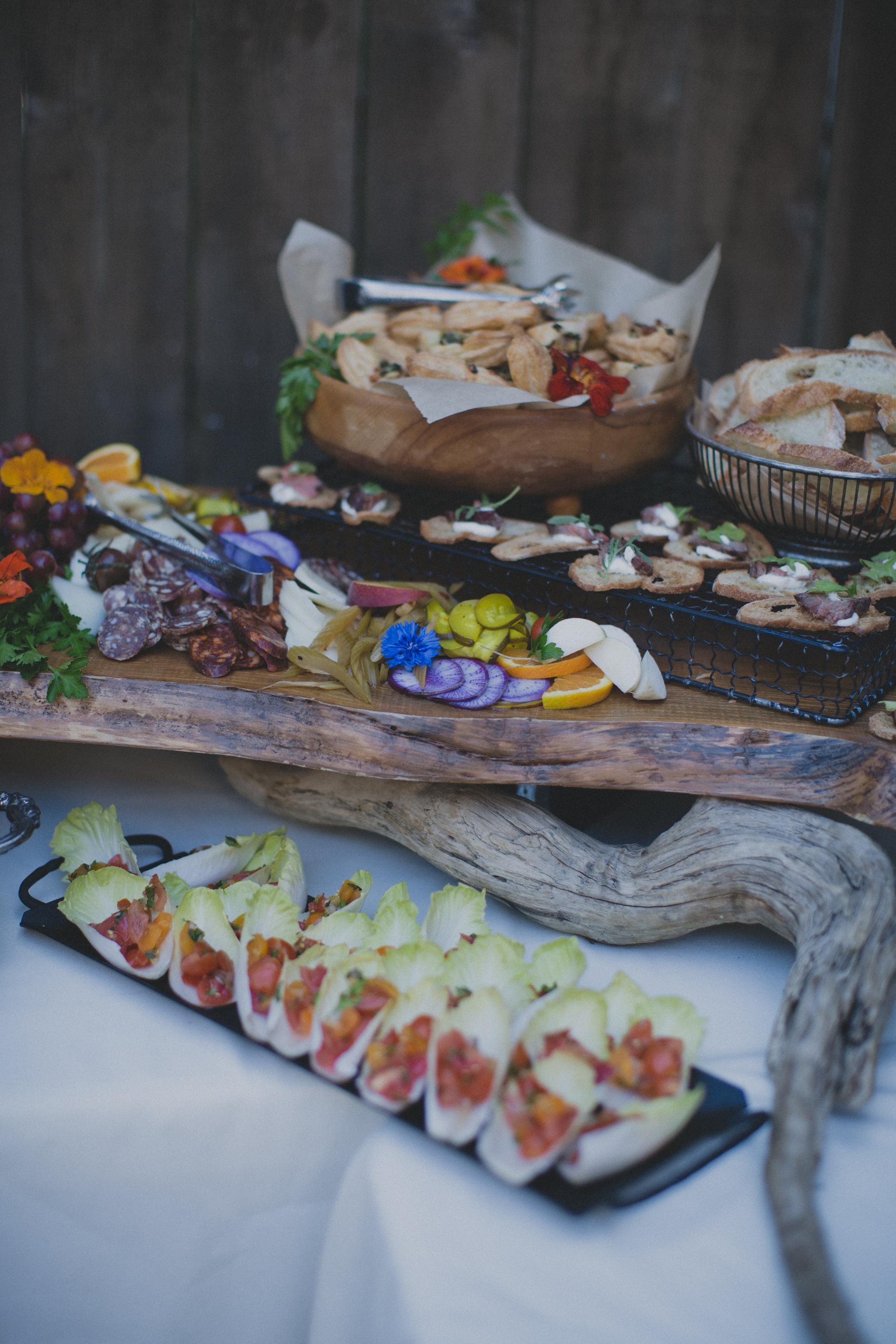 intimate_garden-wedding_portlandfood.jpg