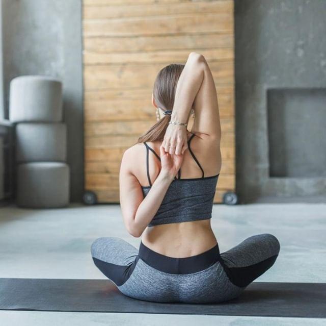 Thank you, beloved body. ⠀ •⠀ For all that you are and all that you do 💕⠀ •⠀ #healing #Balance #love #body #soul #energy #flow #yoga #business #socialmedia #entrepreneur #branding #motivation #success #inspiration #yogaeverydamnday #meditation #yogi #namaste  #wellness #yogalife #yogalove #healthy #yogainspiration #mindfulness #yogaeveryday #instagood #yogini #challenge #goals⠀ ⠀