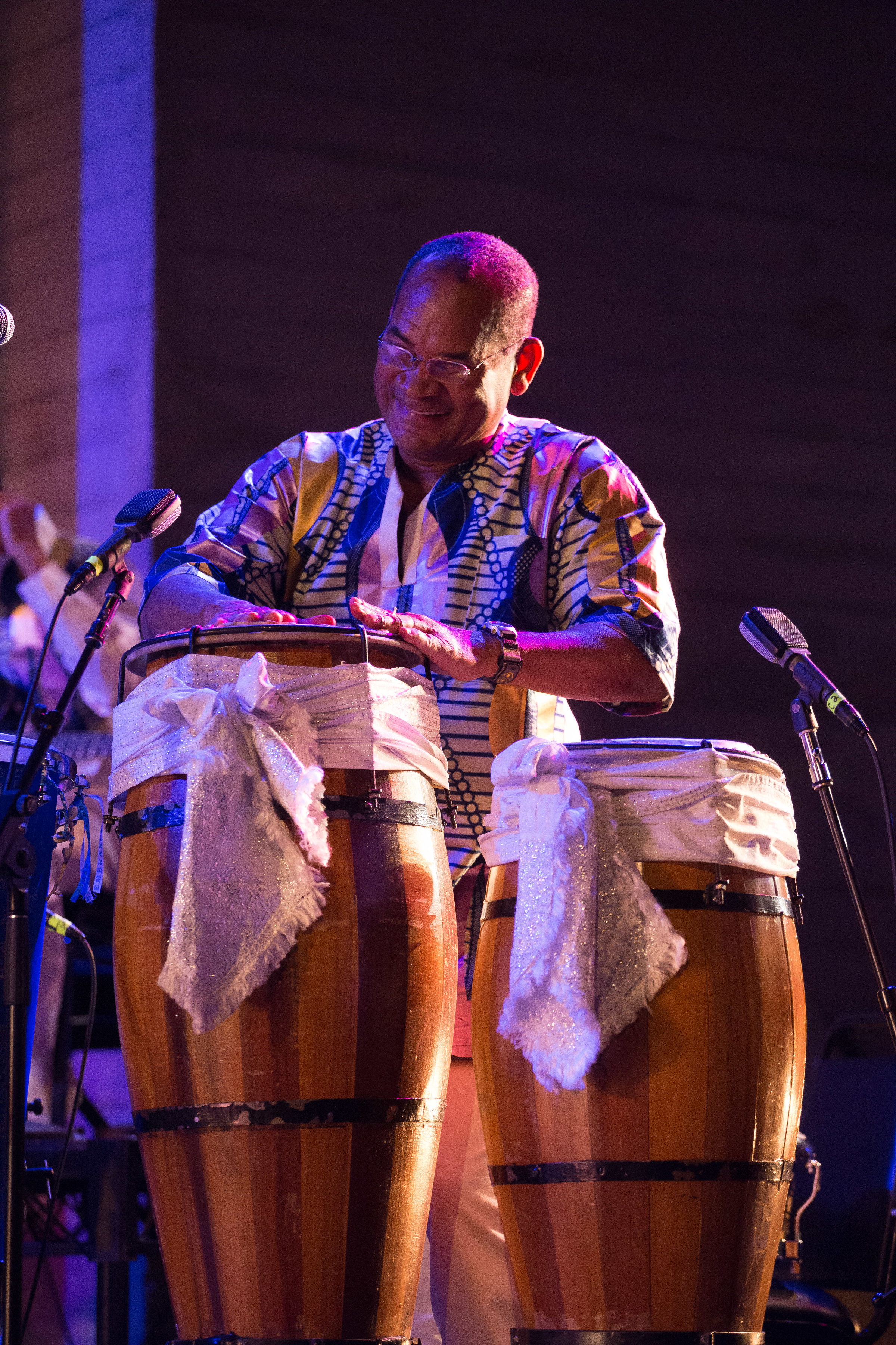 Luiz Badaró, Viver Brasil's Artistic Director - Badaró is a native son of Bahia with over thirty years teaching Afro-Brazilian dance, choreographing and playing percussion. His choreographies exalt the intense love he has for his culture and its preservation and development.