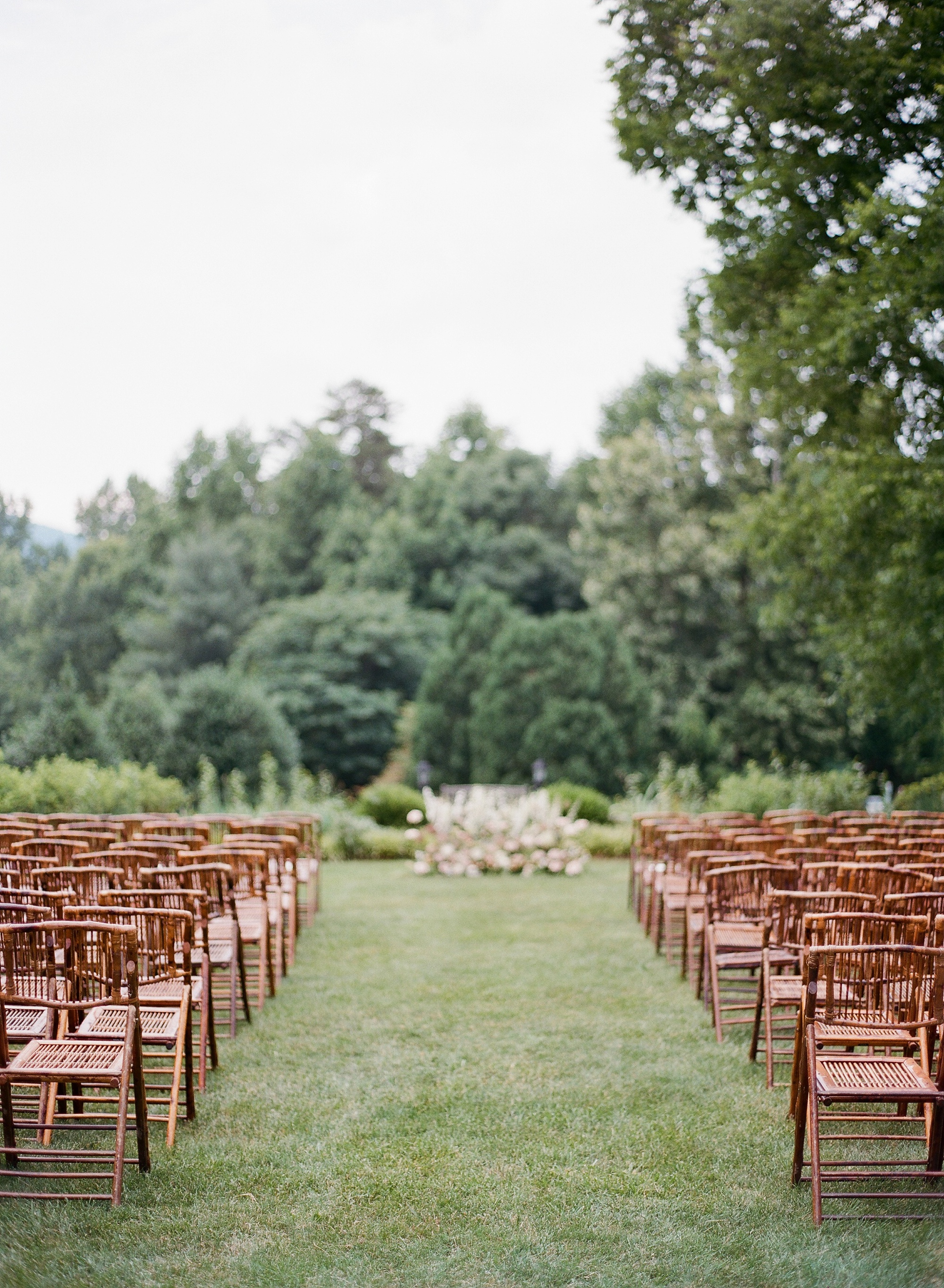 elisa-bricker-charlottesville-virginia-wedding-photographer-clifton-summer012.jpg