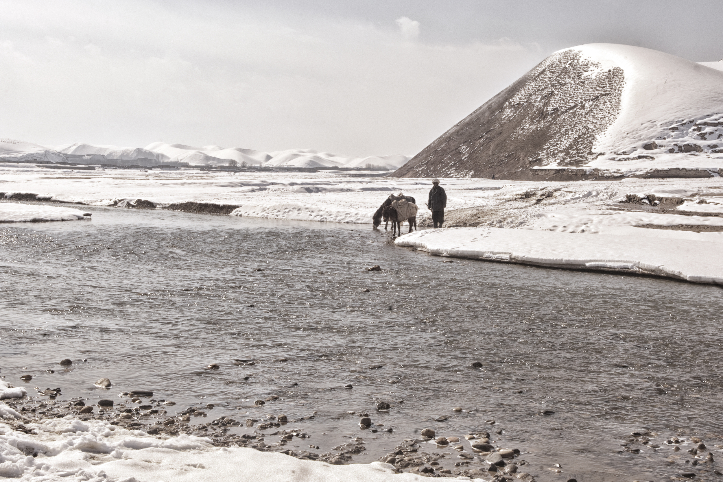 Nearly half the villages in western Afghanistan had been cut off from the major cities due to heavy snowfall, the cold snap hit the agricultural and livestock industry hard with more than 130,000 cattle perishing in the freezing temperatures Faryab Province, Afghanistan, February 18, 2008. (Photo/Mark Pearson)