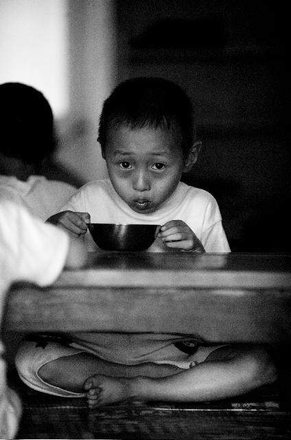 north Korean children receive soya milk
