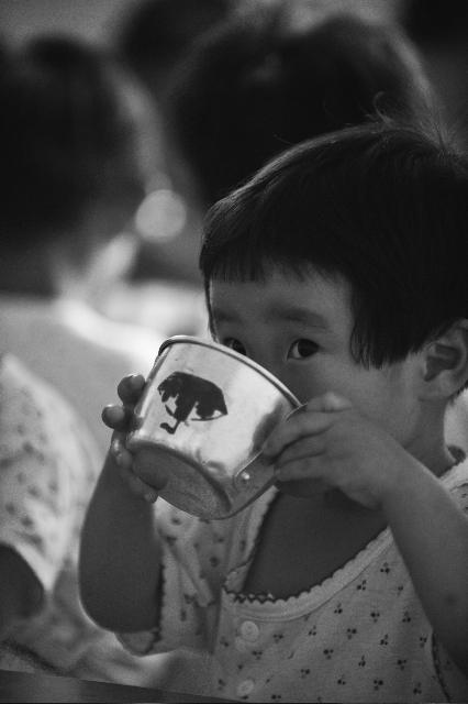 malnourished north Korean child