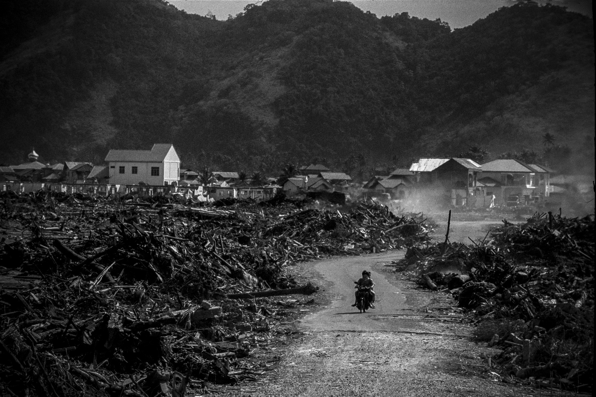 INDONESIA. Sumatra island. Banda Aceh. After the tsunami. 2005. ©MarkPearson