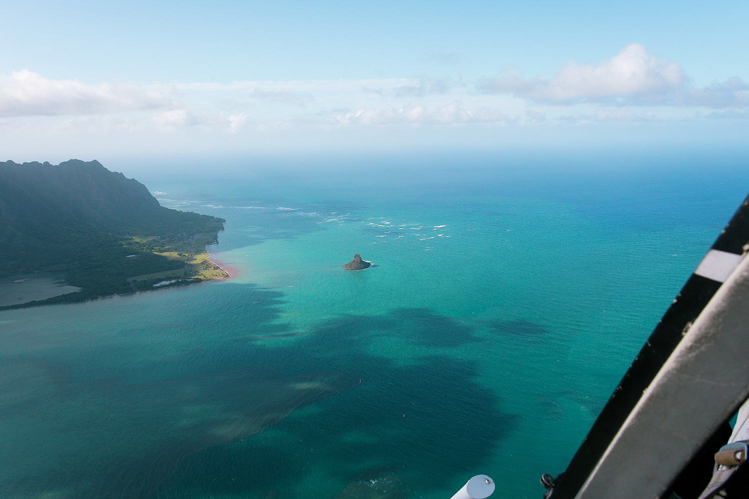 Oahu, Hawaii doors off helicopter tour