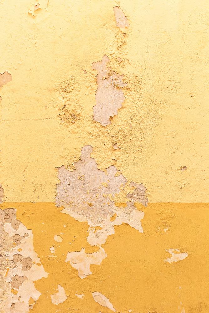Yellow walls in Gallipoli, Puglia, Italy