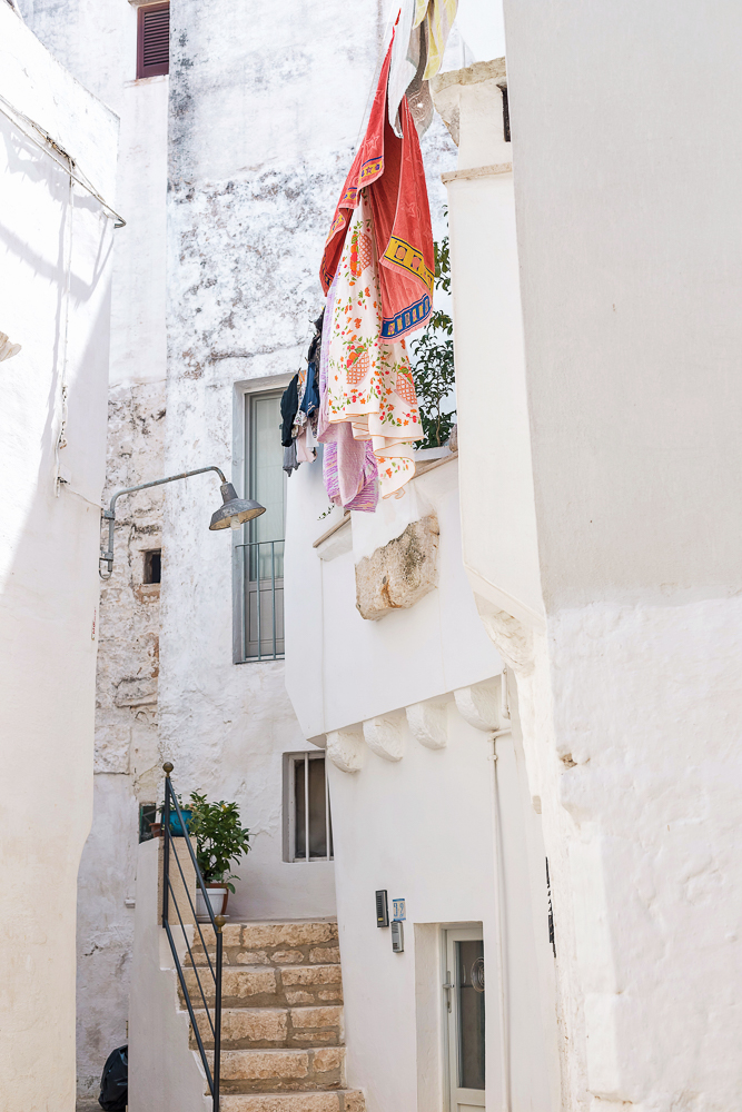 Laundry drying in the white-washed streets of Puglia (Cisternino)