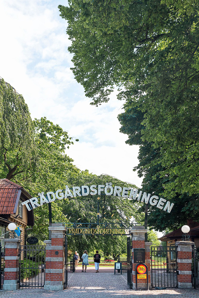 Garden Society of Gothenburg (Trädgårdsföreningen) - a beautiful park and home to the Rose Gardens with 2,500 roses from 1,200 species and the Palm House, a giant greenhouse built in 1878