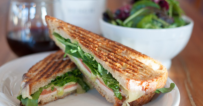 SF's Blue Barn serves fresh and delicious salads and sandwiches made with quality, organic ingredients.
