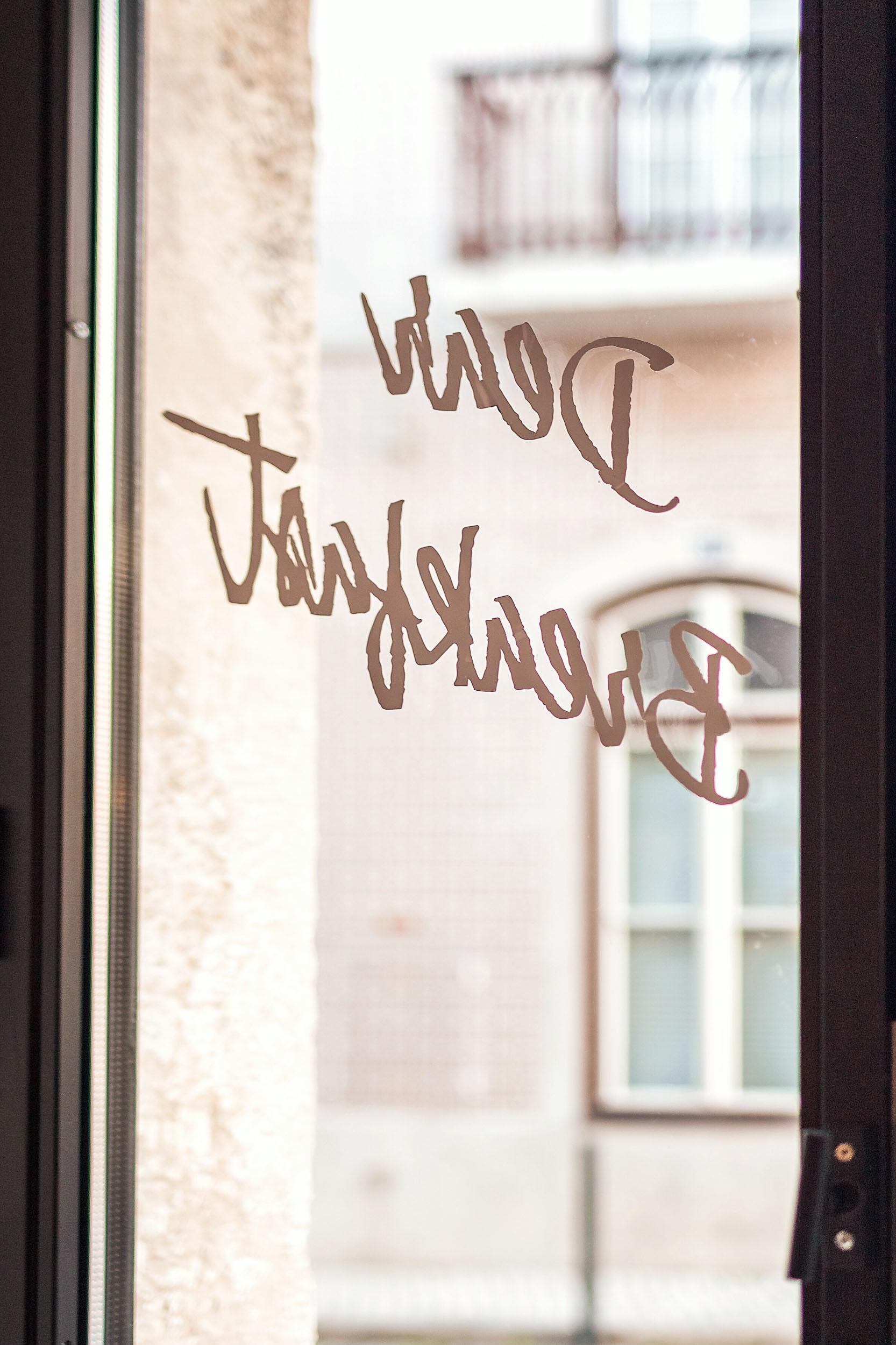 A window at Dear Breakfast