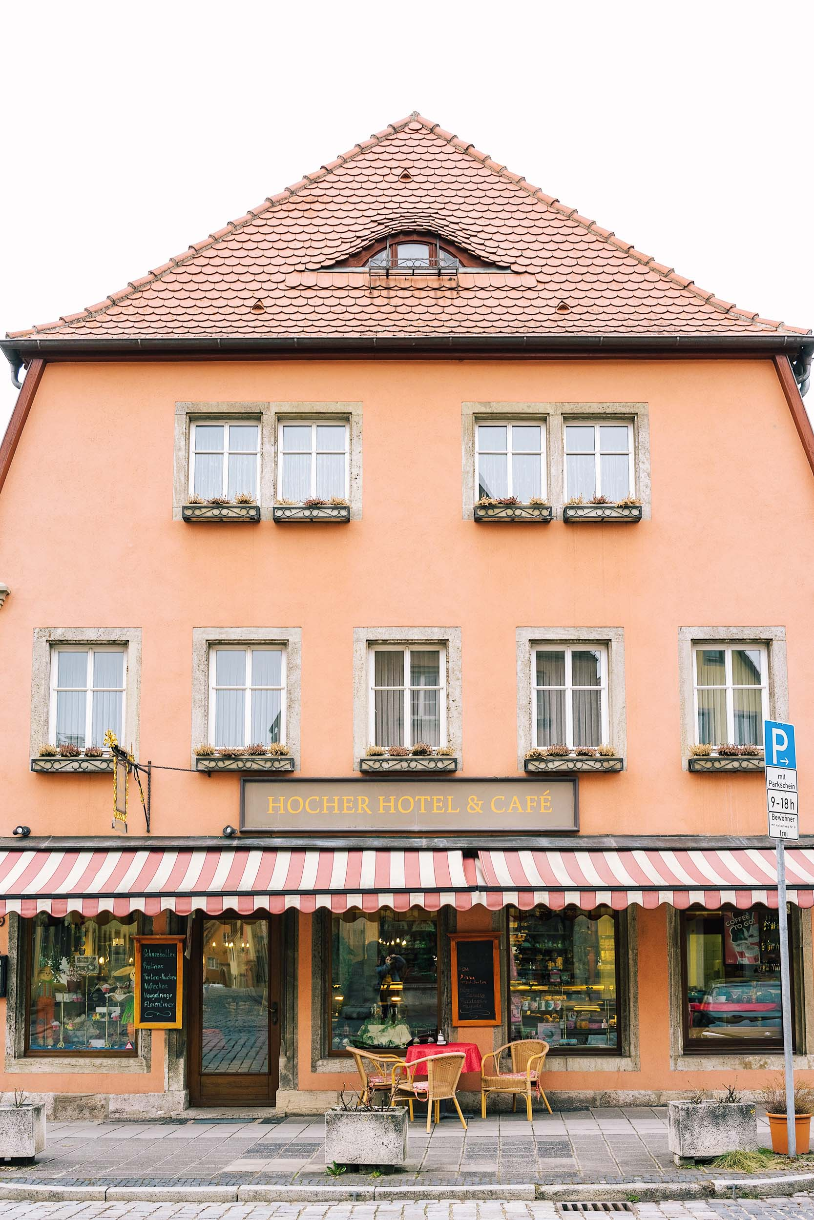 How to get to Rothenburg from Munich