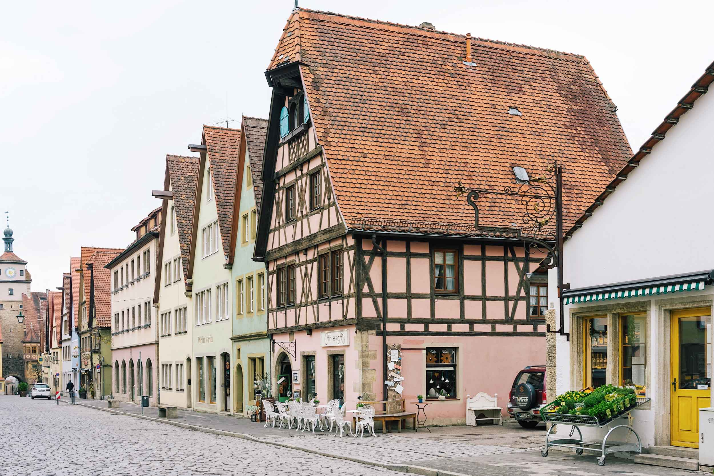 The perfect day trip from Frankfurt: the medieval fairytale town of Rothenburg