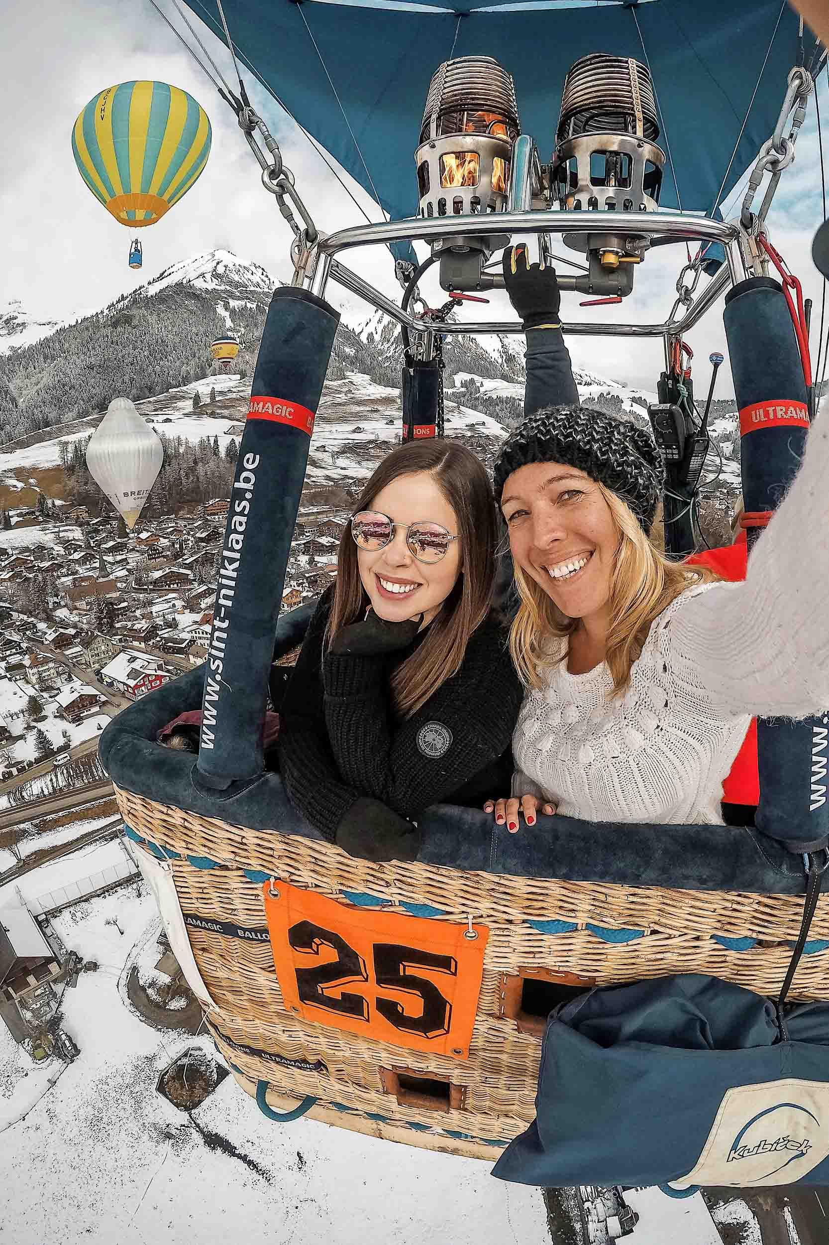 Hot air balloon ride in Chateau d'Oex