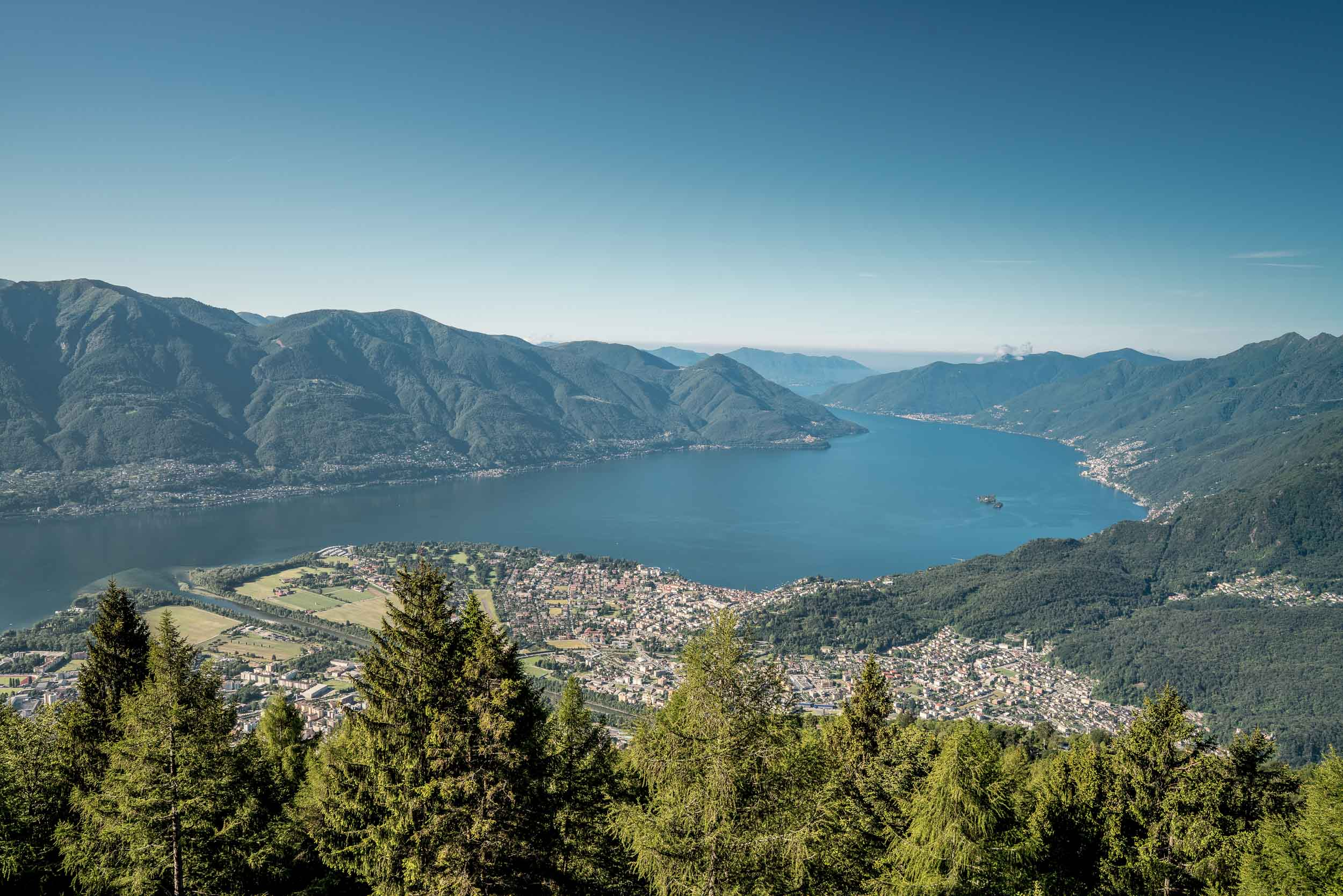 View from the Cardada observation deck of Lake Maggiore Ascona and the Brissago Islands. Copyright by: Switzerland Tourism