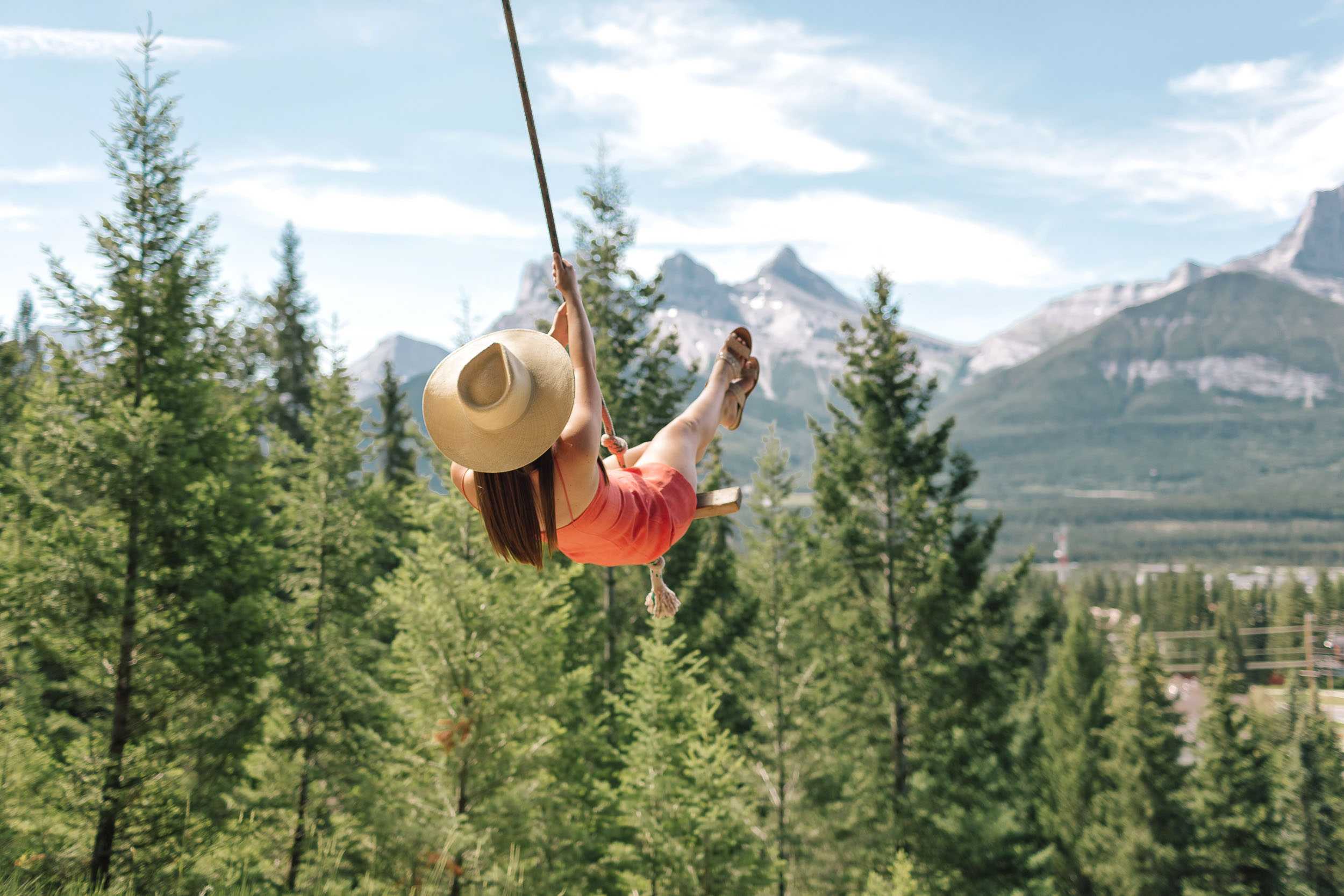 The most Instagrammable place in Banff, Canada: the Canmore rope swing