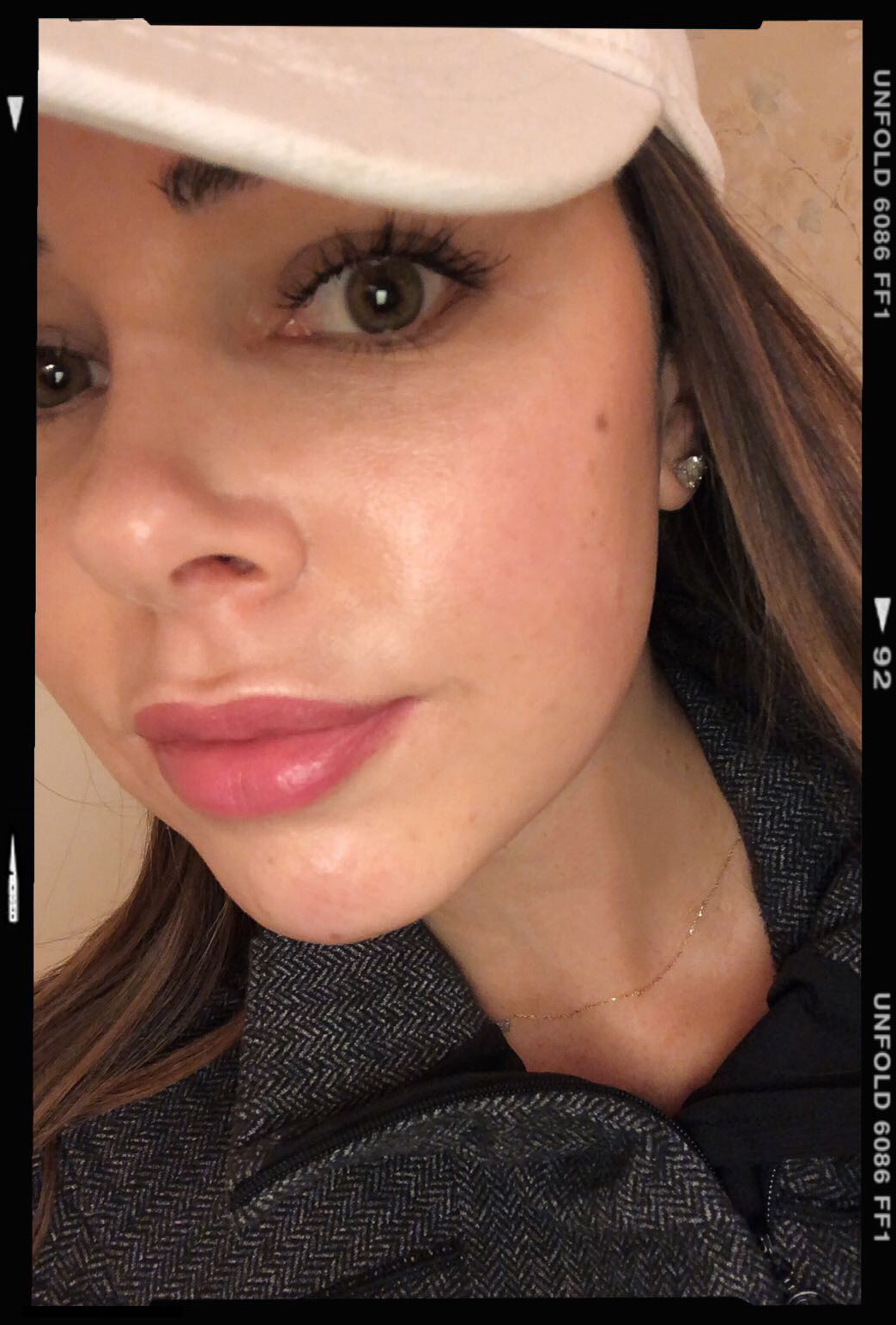 No face makeup proof - how to get glowing, hydrated skin