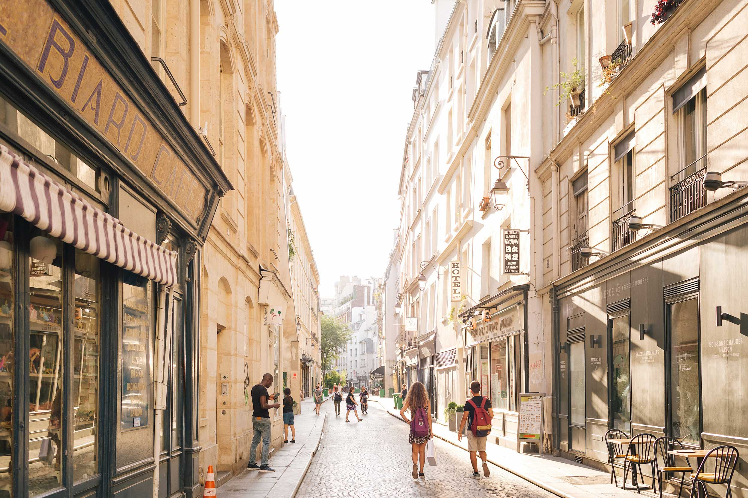 A very hot and sunny day in Paris
