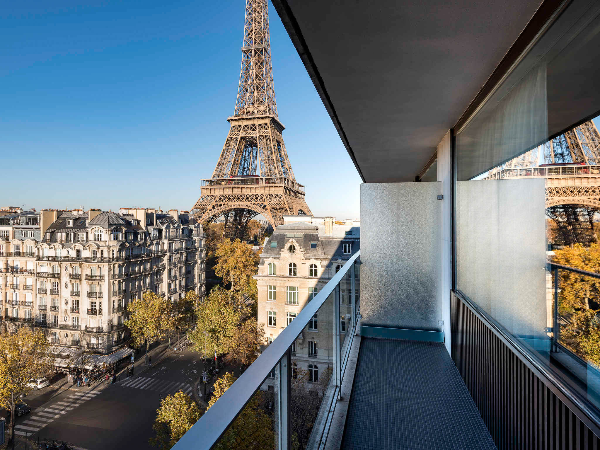ckanani-Pullman Paris.jpg