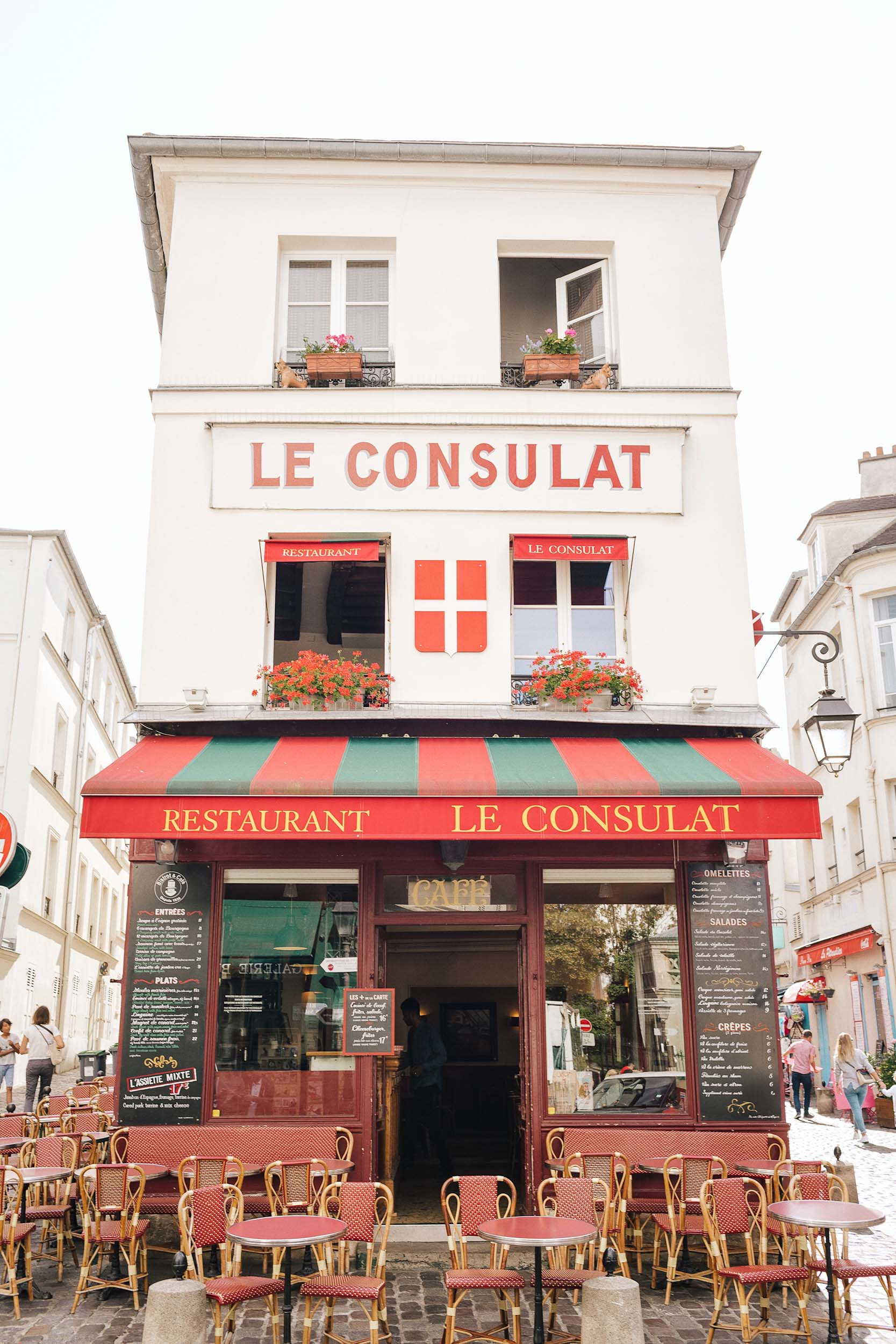 While in Paris for a week, don't miss Montmartre