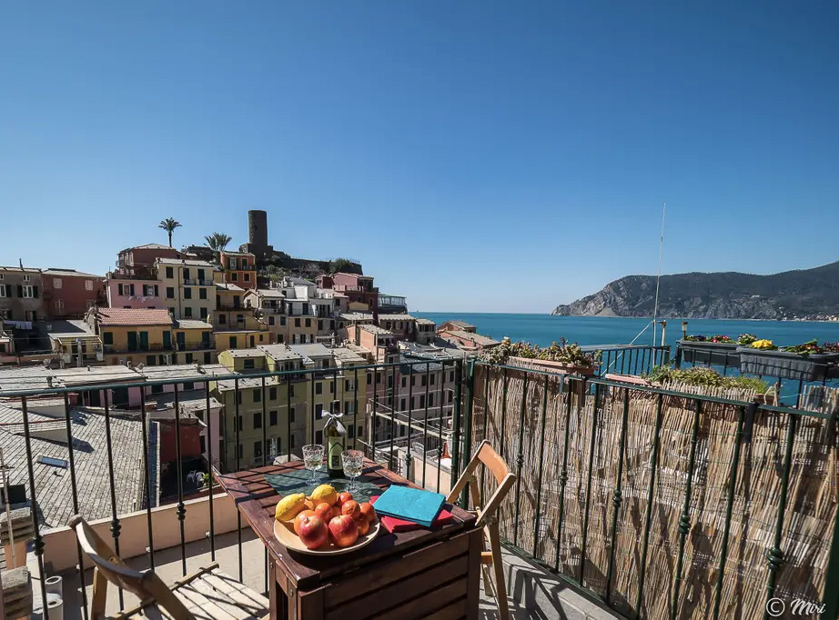 Looking for a hotel Cinque Terre Italy? I recommend staying at an Airbnb like this instead