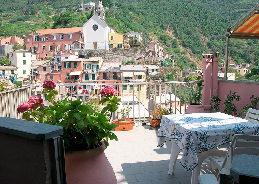 The best village in Cinque Terre: Vernazza