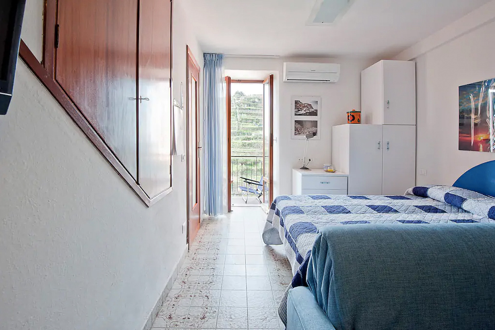 Cheap hotels in Cinque Terre