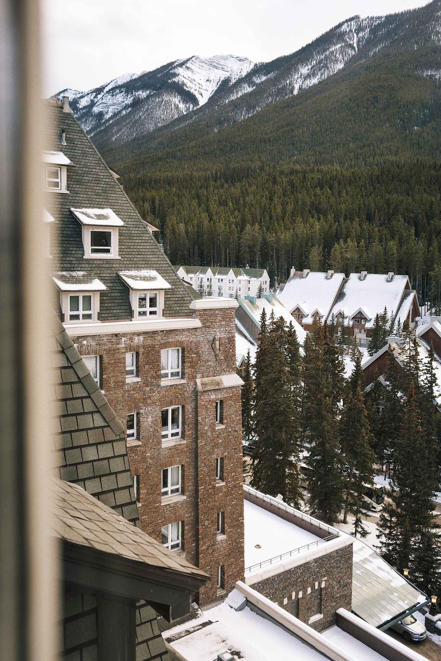 ckanani-banff-winter-a-guide-to-visiting-105.jpg