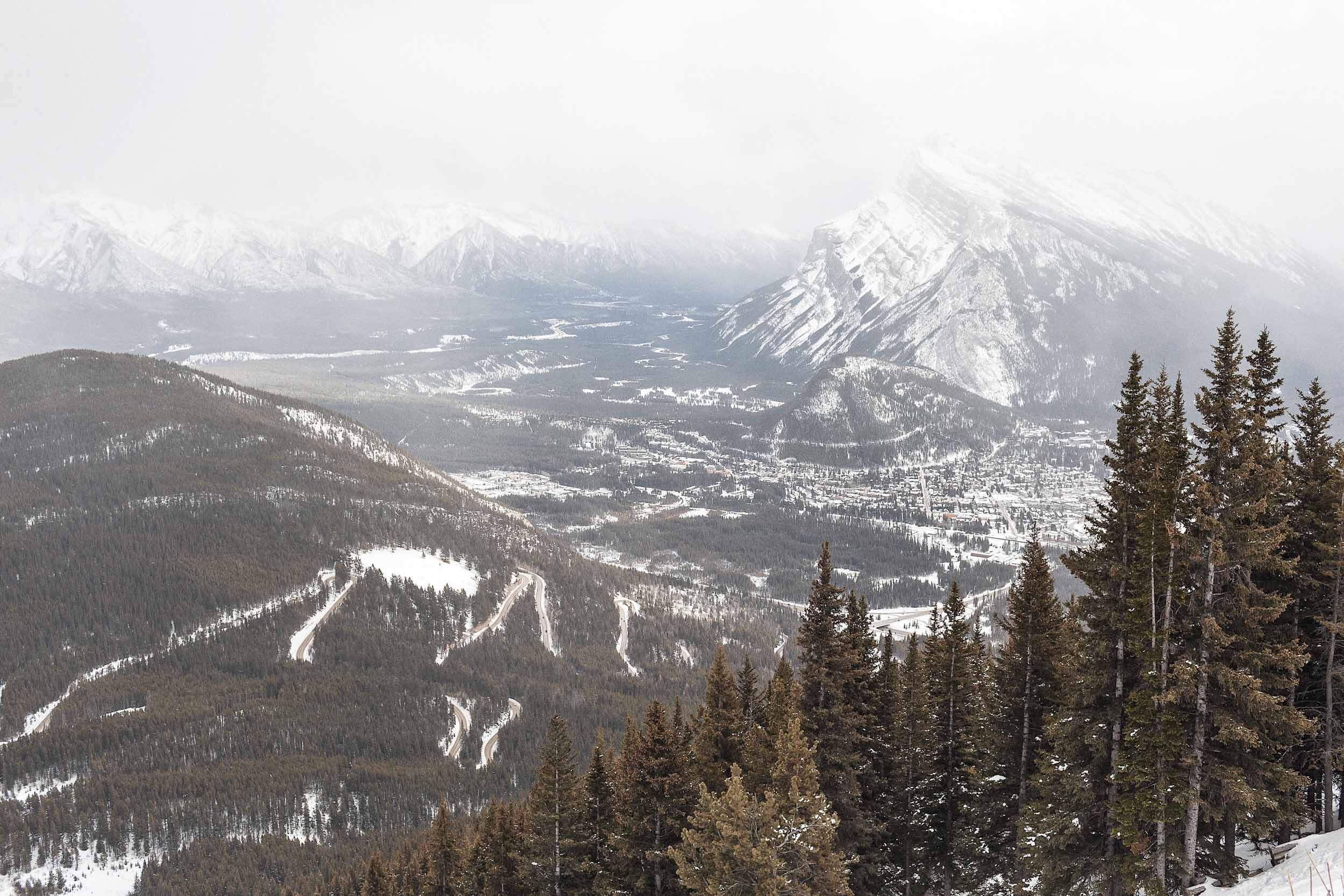 ckanani-banff-winter-a-guide-to-visiting-72.jpg
