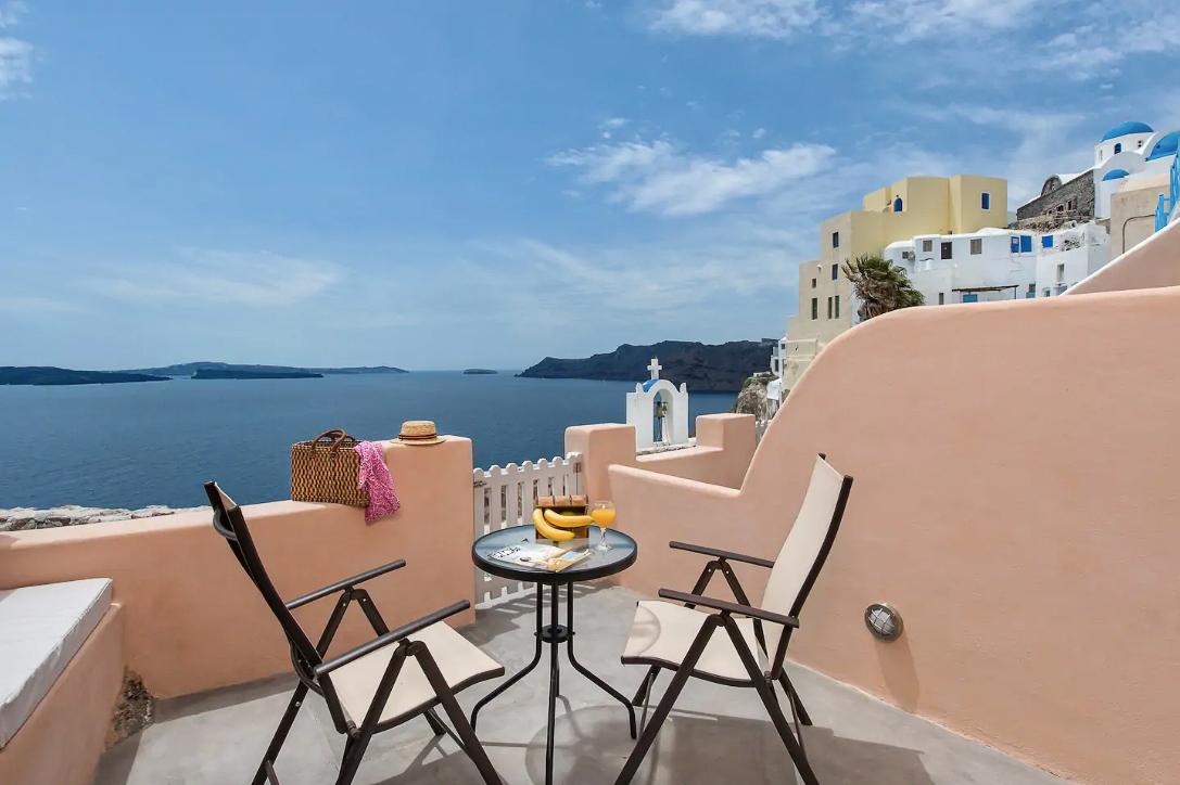 ckanani-airbnb-santorini-9.jpg