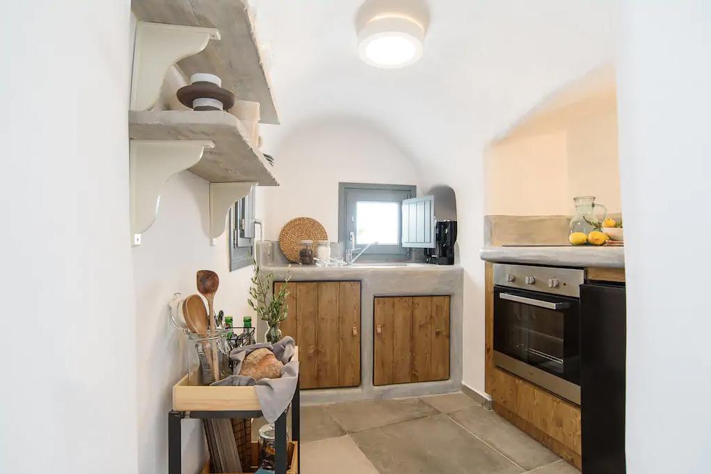 ckanani-airbnb-santorini-2-3.jpg