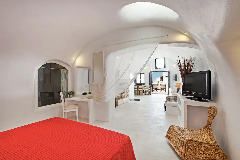 ckanani-airbnb-santorini-7-3.jpg