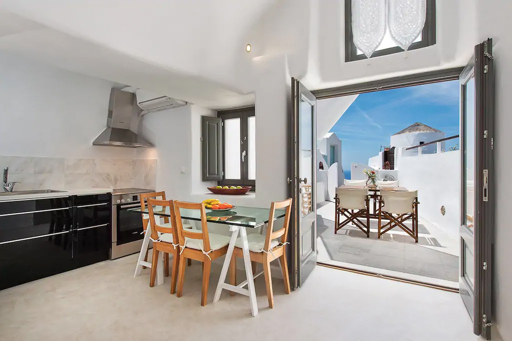 ckanani-airbnb-santorini-7-4.jpg