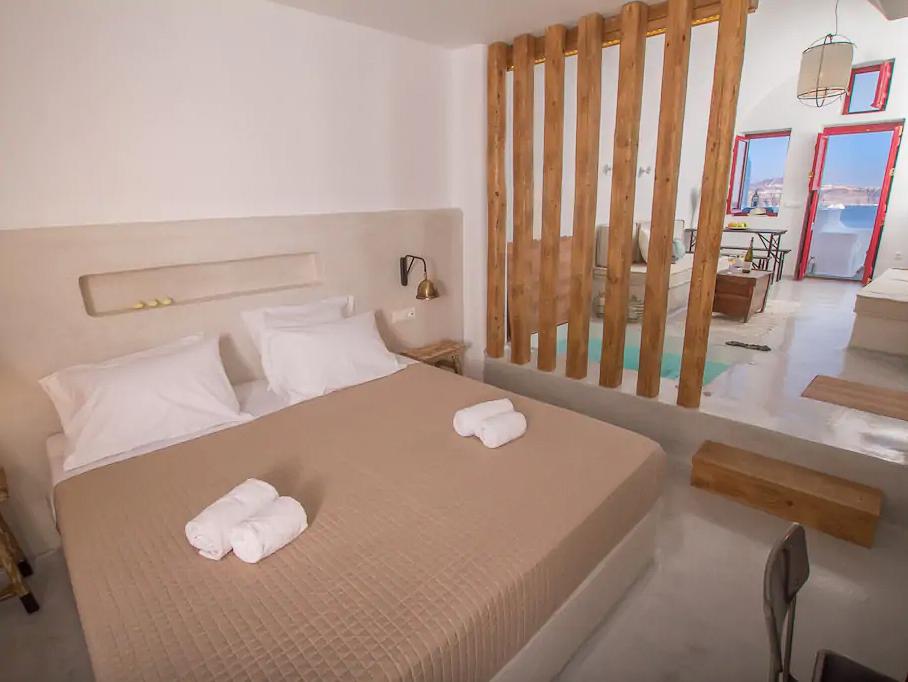 ckanani-airbnb-santorini-3-3.jpg