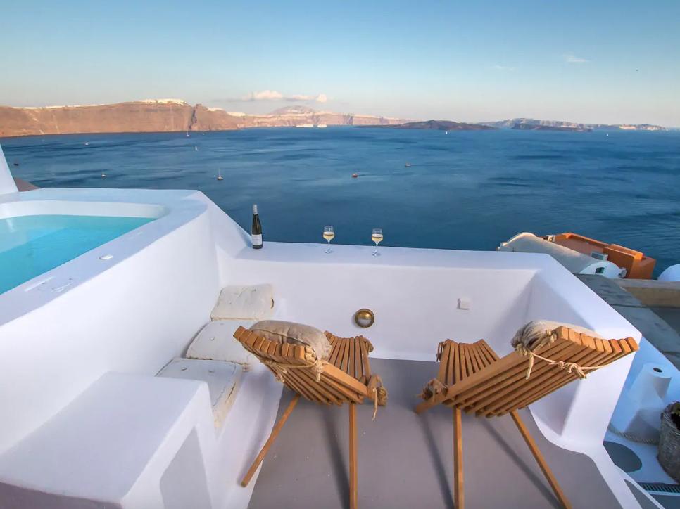 ckanani-airbnb-santorini-3.jpg