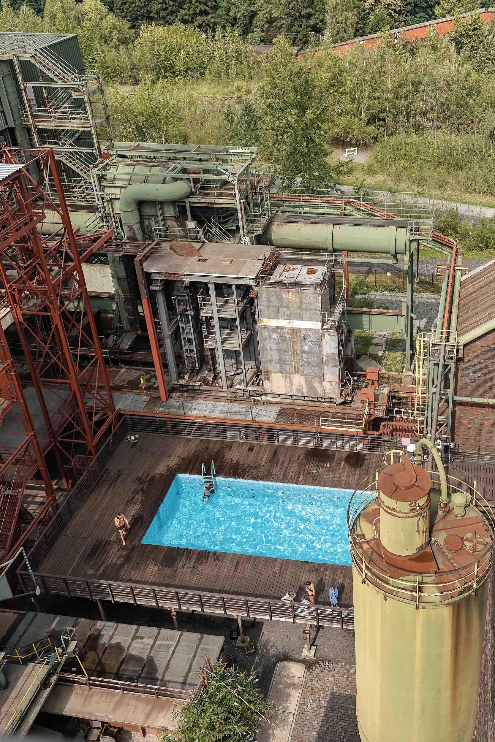ckanani-german-industrial-region-ruhr-190.jpg