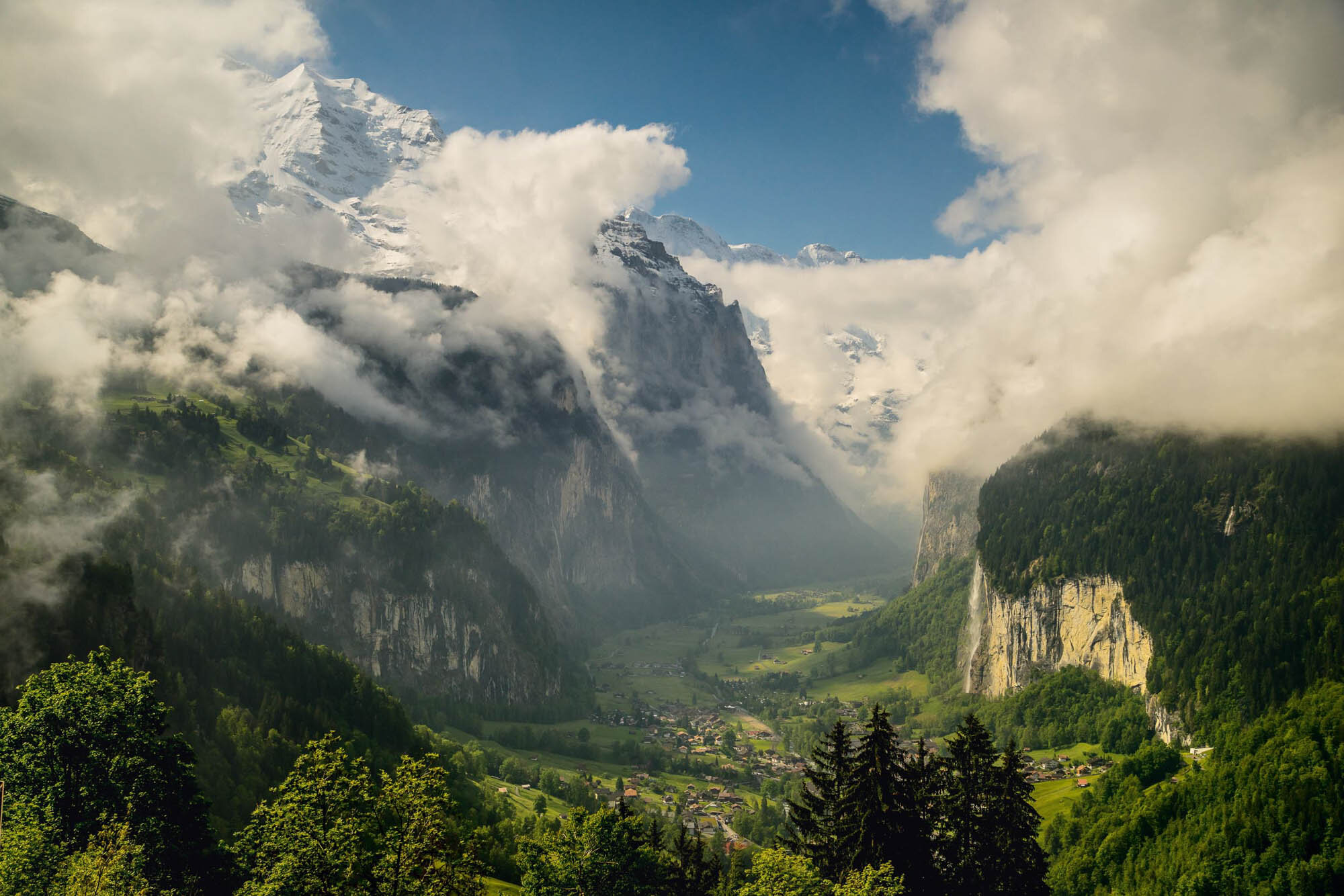 Lauterbrunnen is situated in one of the most impressive trough valleys of the Alps, between gigantic rockfaces and summits. On the right the Staubbach falls. Copyright by: Switzerland Tourism