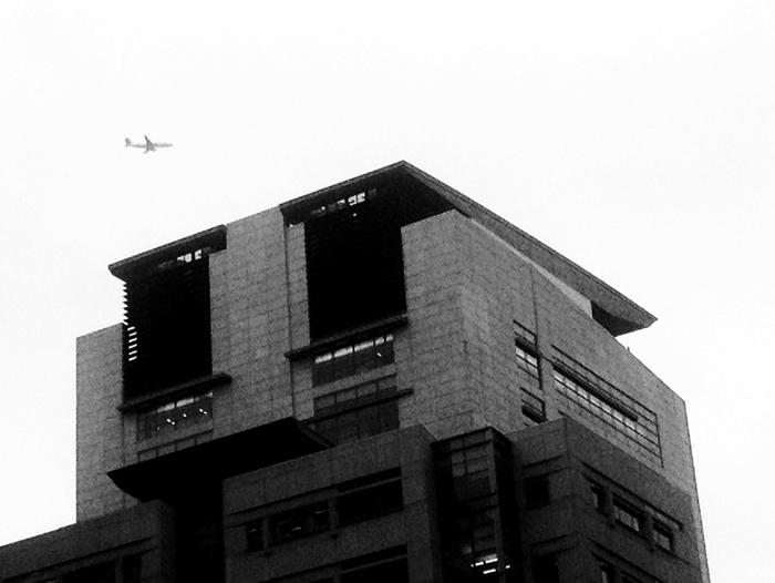 building-plane-1-johnmichaelgill.jpg