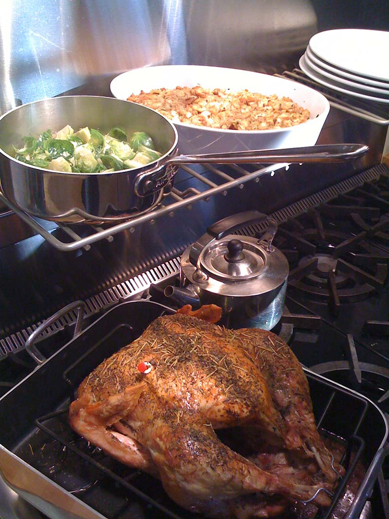 Early faux Thanksgiving, cooked by my Dad by special request, October 2010