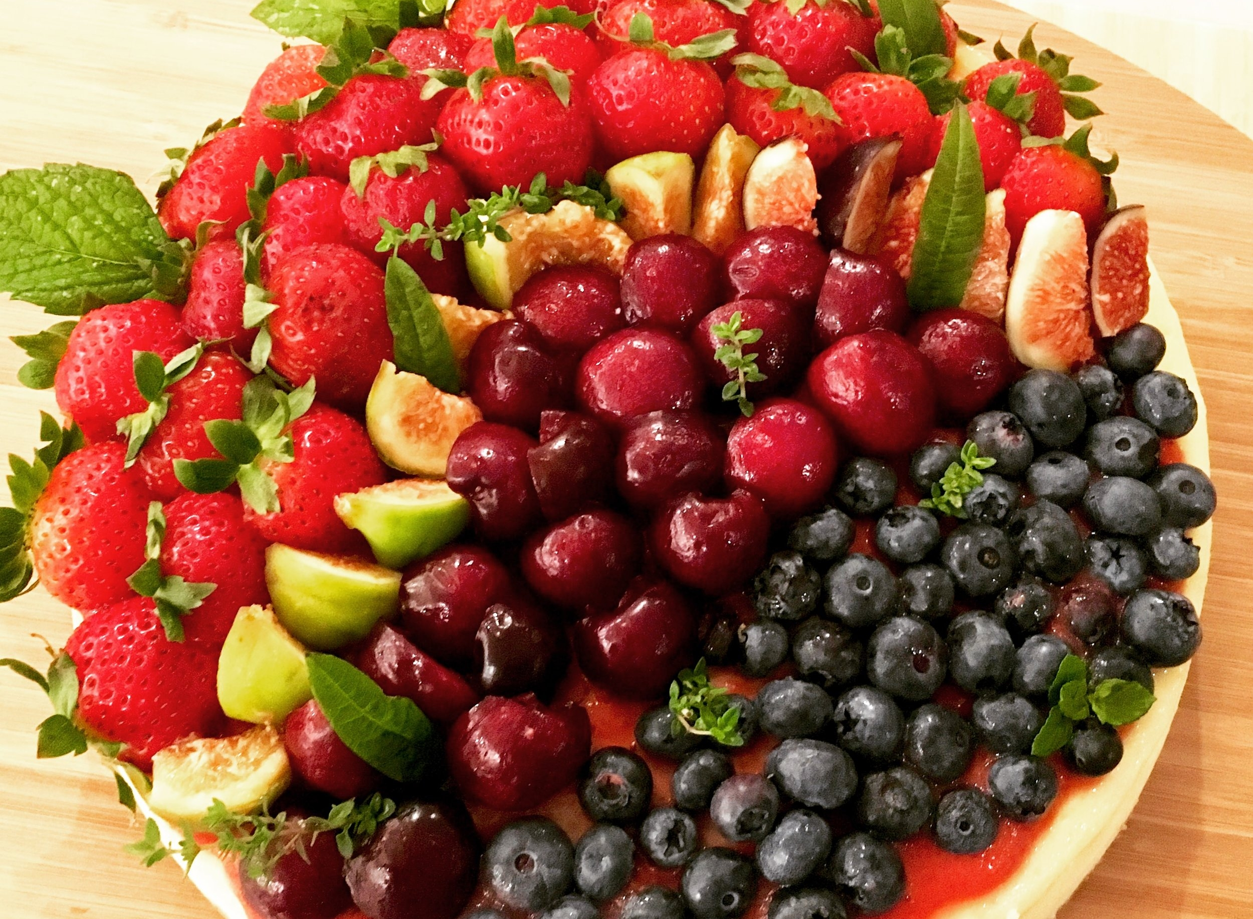 Summer fruit-topped NY cheesecake