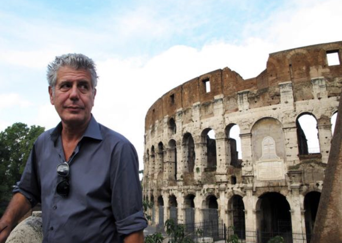 Bourdain Colosseo.jpg