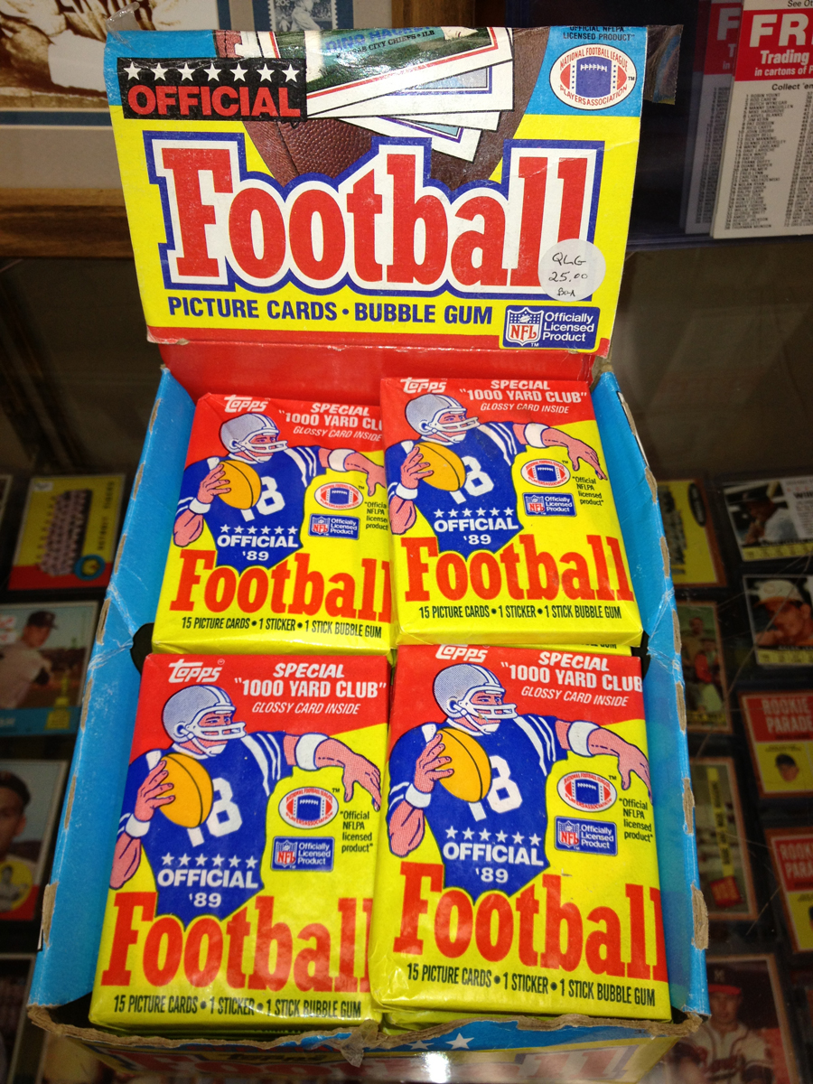 TOPPS Official 1989 Football Bubble Gum Packs