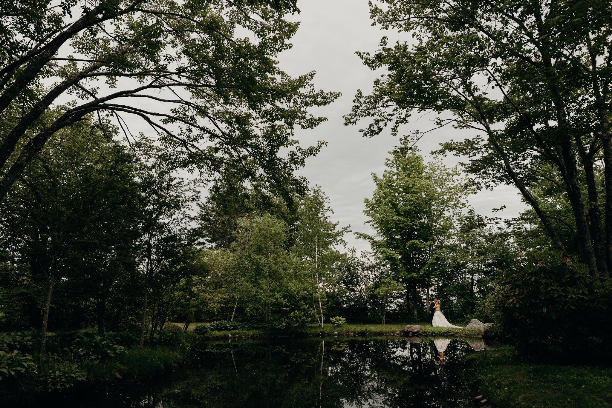 backyardmainewedding-44.jpg