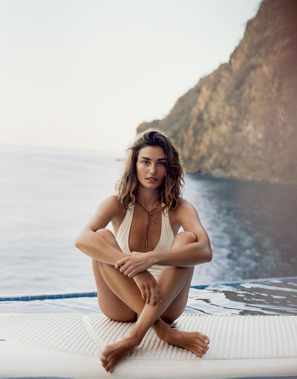 6eb01-andreea-diaconu-by-cass-bird-for-porter-magazine-summer-escape-2015-3.jpg