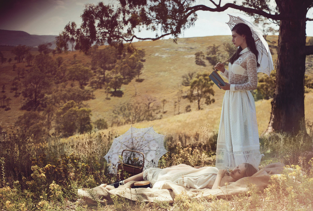 fa22f-teresa-palmer-phoebe-tonkin-by-will-davidson-for-vogue-australia-march-2015.png