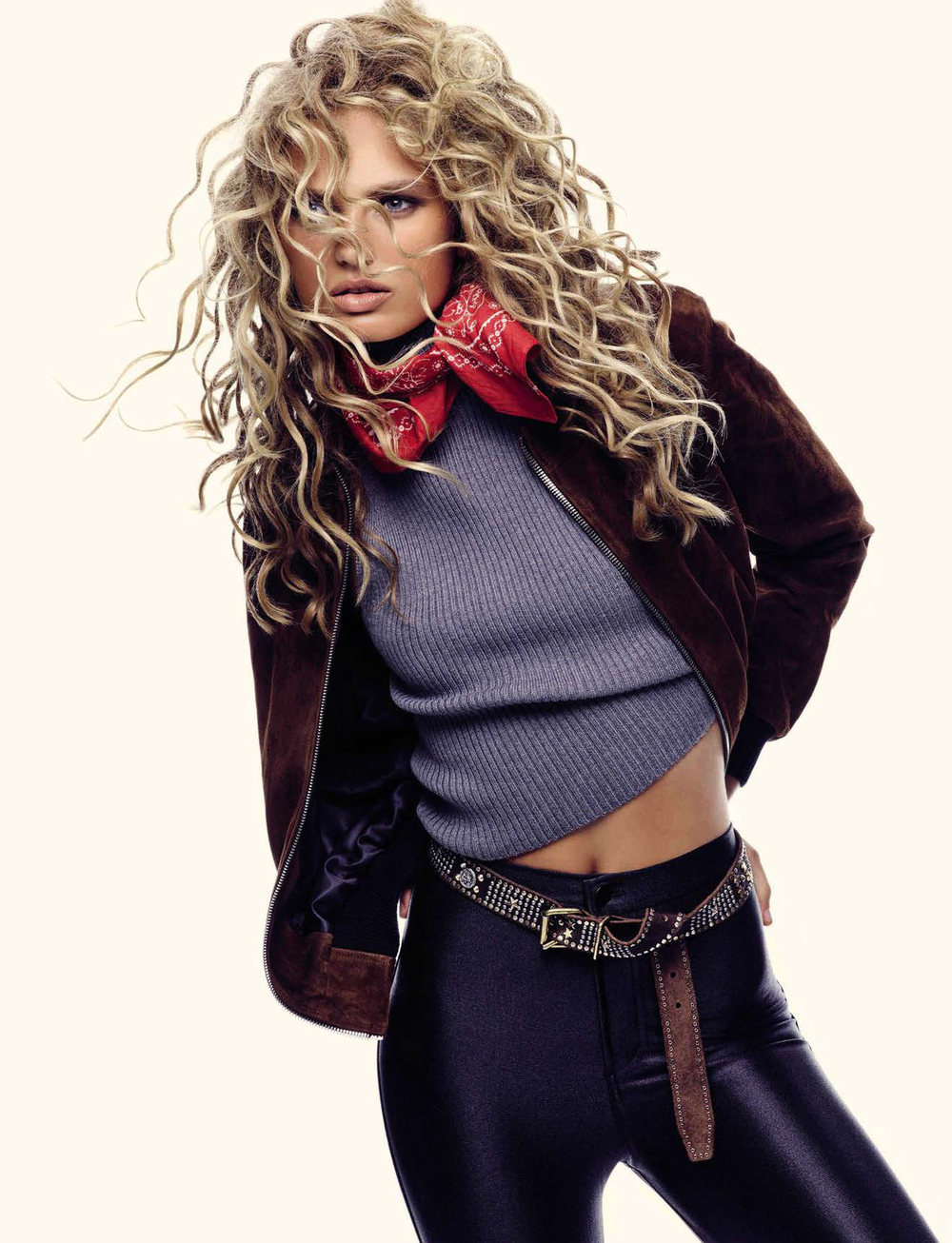 ea866-romee-strijd-by-nico-bustos-for-vogue-spain-october-2015-6.jpg